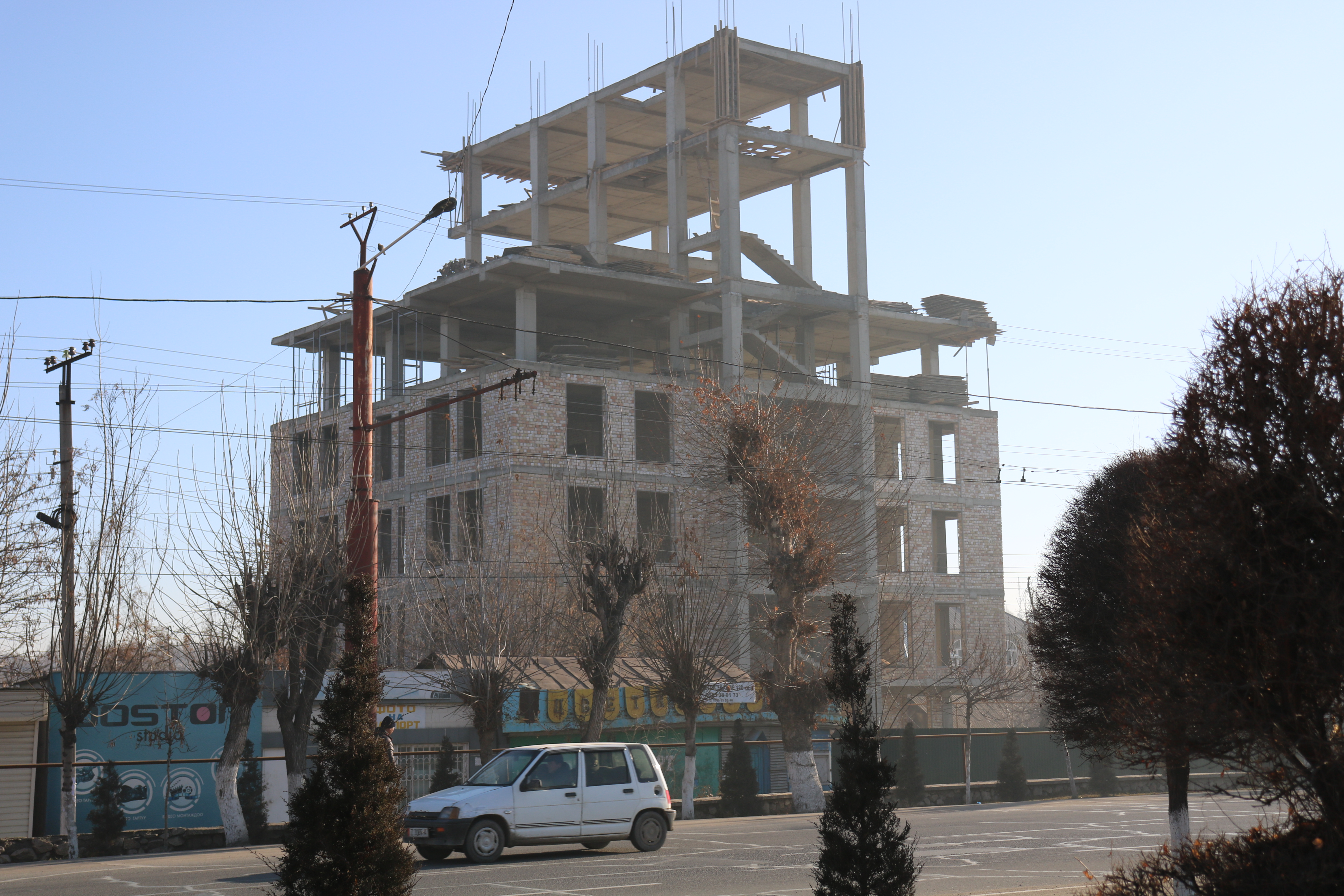 A building in construction in Osh.