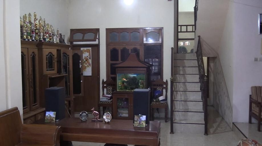 The living room of Pak Waluyo's humble abode.